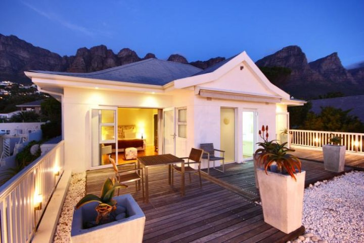 Palm Beach House in Camps Bay
