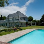 Family accommodation holiday villa villas self catering rondebosch