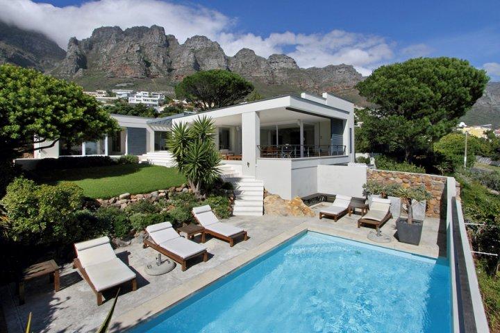 Self Catering Pool Villas In Camps Bay Villa Cape Town