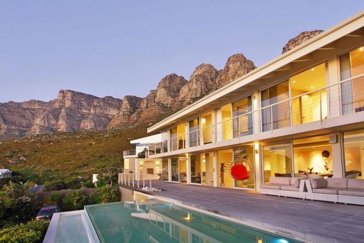 summer-vacation-self-catering-luxury-camps-bay-villas