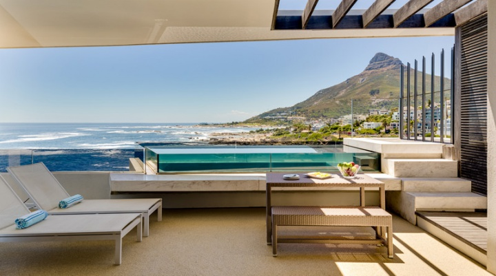 Tidal-Wave-camps-bay-villas-self-catering-cape-town